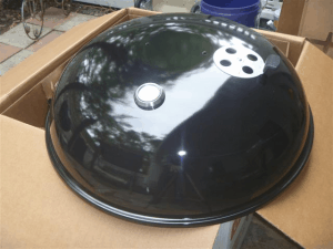 Close up of the lid for the Weber 26 inch grill