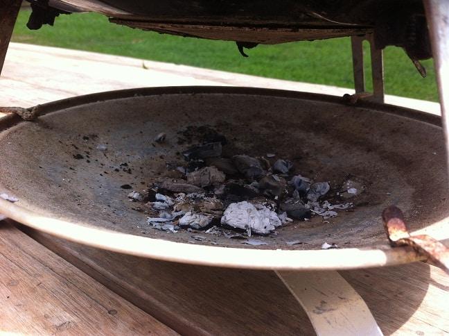 Coals in Catch pan